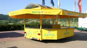 Attraktiver Wagen für Getränke Kemmler