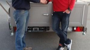 Ein Partycooler Little Ben bei der Übergabe durch unseren Mitarbeiter Thomas Thiel an den Bierverlag Kesten