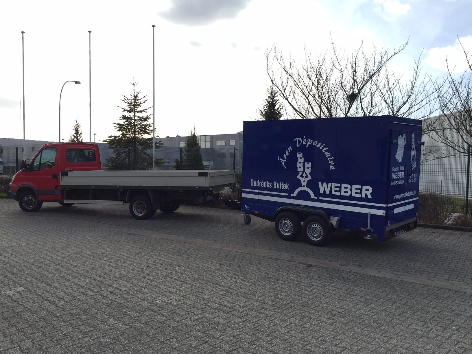 Tandem-Kühlfahrzeug an Getränke Weber Echternach/ Luxemburg