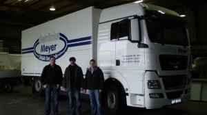 Fahrzeugaufbauten an Getränke Meyer
