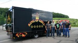 Grillfahrzeug mit Traverse für King of Grill