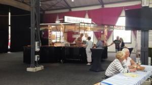 Weingut-Beisiegel-mit-Weinausschankwagen-von-CTR-Fahrzeuge