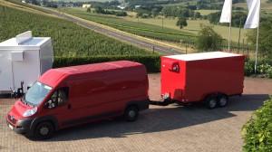 Kühlfahrzeug Artiks für Getränke Mörsch während der Abholung