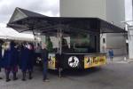 Ausschankfahrzeug der Fuglsang Brauerei auf dem Fest zum 150-jährigen Bestehen