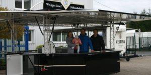 Michael Müller mit Familie  und Michael Bonefas