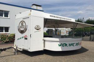 Gebrauchter Getränkeausschankwagen mit Kühlhaus'