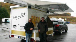 Herr Bechtel (r.) und Jörg Roos, Mitarbeiter CTR.