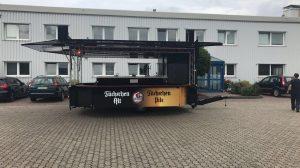 Der neue Wagen der Brauerei Im Füchschen.