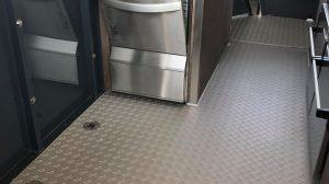 Die Winterhalter Spülmaschine sorgt für sauberes Geschirr.